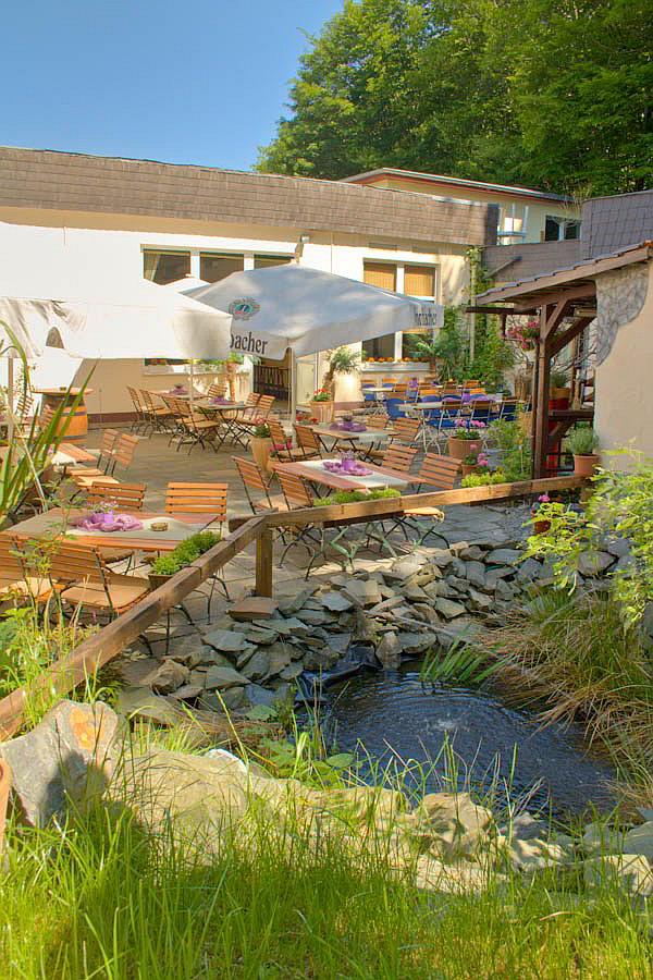 Terrasse / Aussenbereich - Restaurant vier jahreszeiten Werdohl